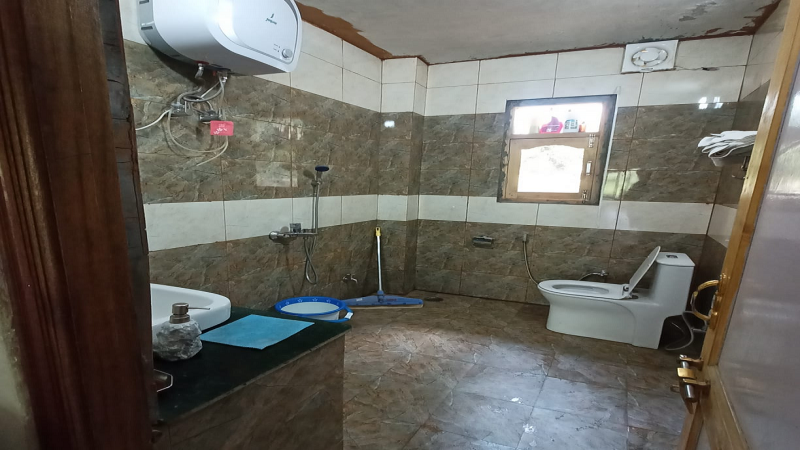 ₹80 Lac 5BHK Independent House For Sale in Shoghi Shimla